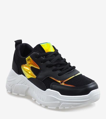 Beżowe sandały na szpilce z ćwiekami Candy