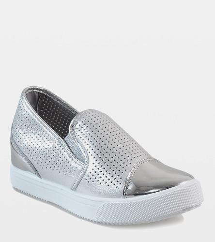 Białe sneakersy Chimmie