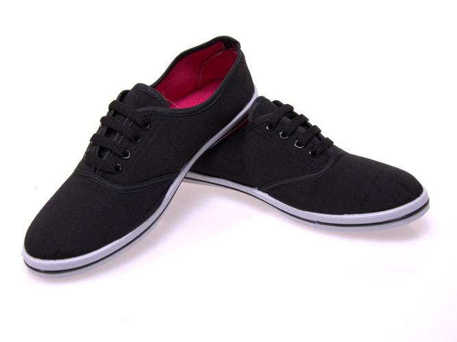 Czarne sandały na słupku Black Rose