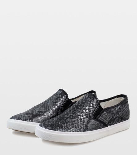 Złote błyszczące sandały na słupku Kino